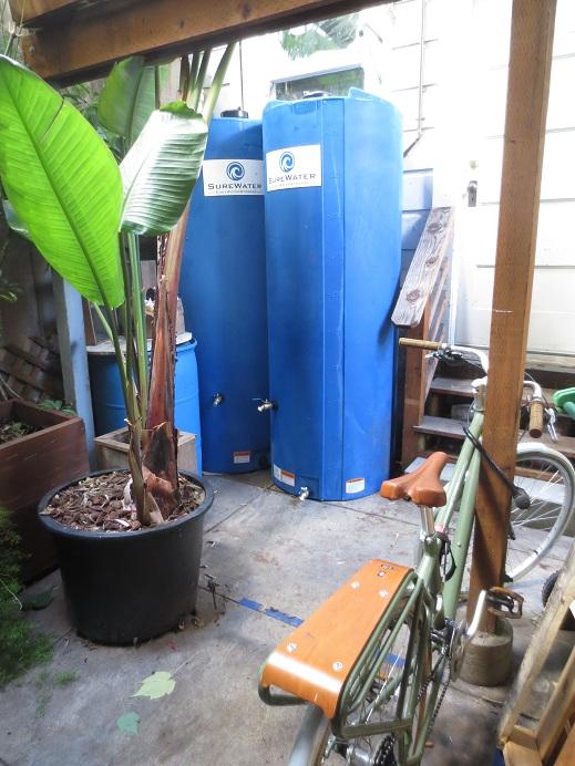 Earthquake water tanks