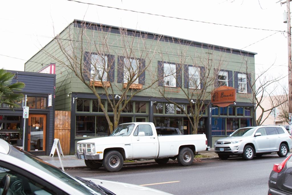 Portland, Alberta Arts, Dec. 2014 626 (212) (1024x683)